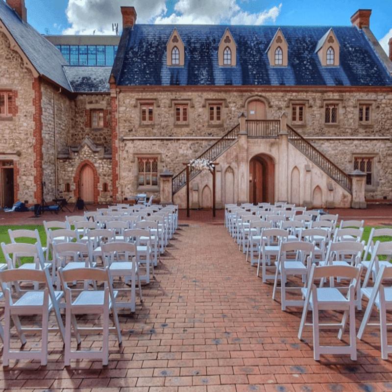wedding vinatage arbor